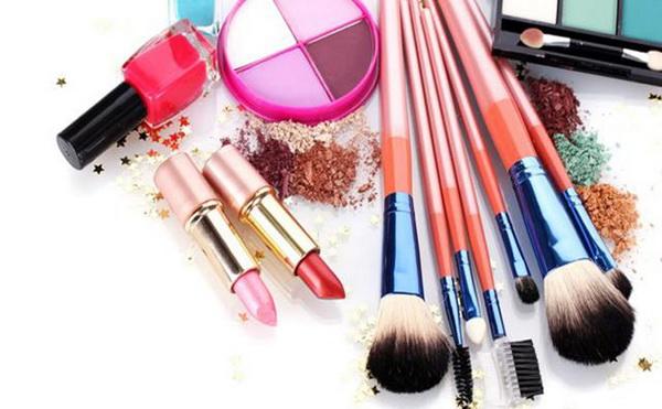 Kosmetik dari bahan meranti