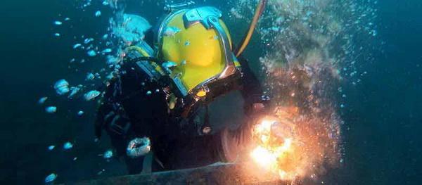 jasa pengelasan bawah air 1