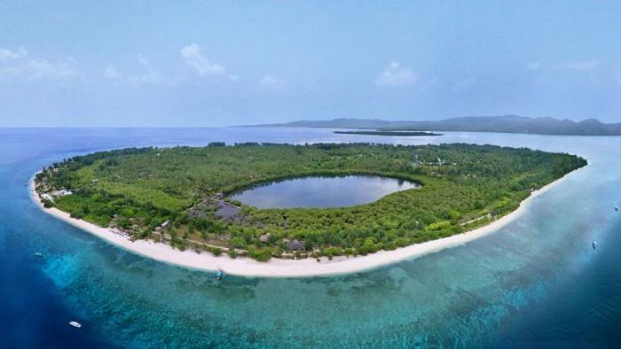 paket wisata ke Lombok pulau gili meno