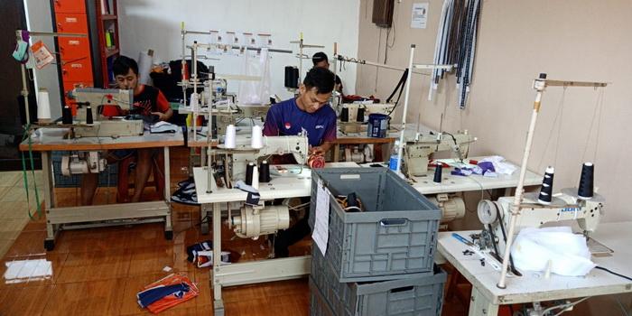 proses produksi kaos full print bandung (1)
